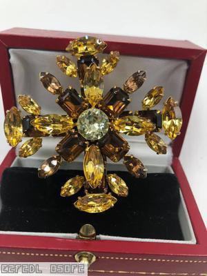 Schreiner 2 level double cross navette end chaton center amber navette topaz emerald cut clear champagne chaton center goldtone jewelry