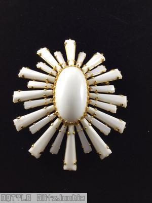 Schreiner oval high domed keystone ruffle pin large oval center varied length keystone white goldtone jewelry